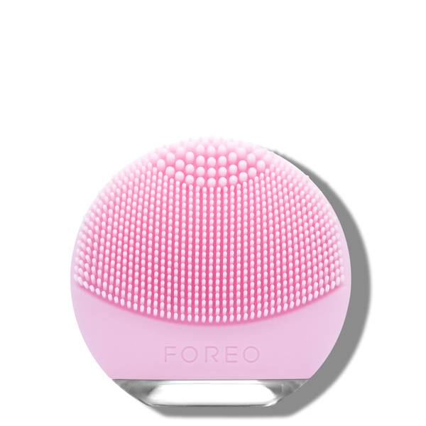 FOREO LUNA Go Travel-Friendly Anti-Ageing and Facial Cleansing Brush (Various Options)