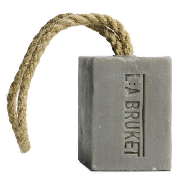 L:A BRUKET 足底去角质挂绳香皂 240g