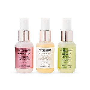 Revolution Skincare Mini Essence Spray Collection - So Soothing 150ml